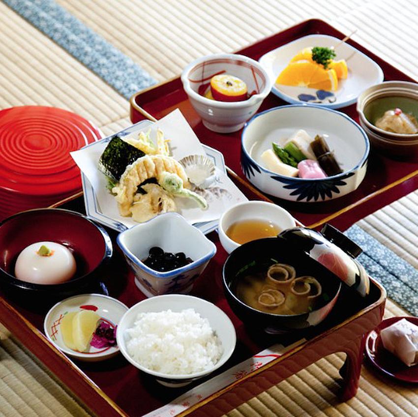 19 Koyasan food::Takeshi Murakami
